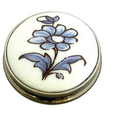 Limoges Porcelain Knobs. #hardware #interiors #frenchprovincial http://www.motherofpearl.com