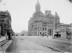 The corner of King and Collins Sts, Melbourne, including the Federal Coffee Palace (built demolished at centre, L is Robb's Buildings (built dem. R is London Pawn Office (demolished probably Melbourne Victoria, Victoria Australia, Old Pictures, Old Photos, Melbourne Suburbs, Exhibition Building, Australian Continent, Historical Architecture, Classical Architecture