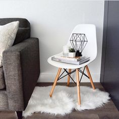 Our Eiffel chair is a real showstopper #structube #mystructubestyle @sarahmian