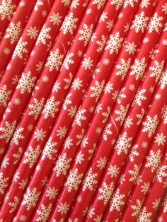 Red Snowflake Christmas Paper Drinking Straws 25 by DKDeleKtables