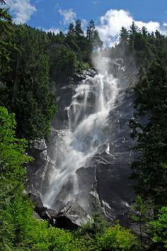 Shannon Falls. Squamish, BC.
