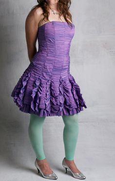 80s 90s Prom Dress / Iridescent Purple / Ruched Taffeta / Jessica McClintock / Size 6-8 / Short / Strapless