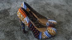 Absolutely LOVE ankara material shoes, they pari perfectly with aku|akwa tees! akwatees.com