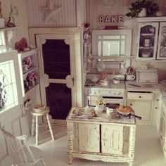 My miniature shabby chic cottage kitchen 1:12 Love this