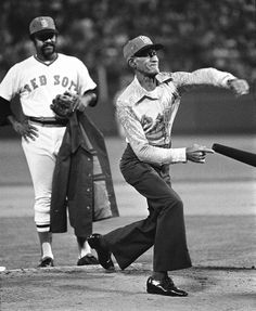 1975 WORLD SERIES | 1975 World Series: Luis Tiant Jr of the Boston ... | Baseball - Old T ...