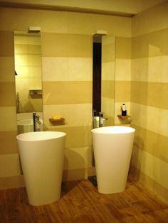 Body free-standing #basin designed by Oriano Favaretto, chosen fot the new @Marazzitile #showroom in #Milan. #MastellaDesign #designbasin #washbasin #freestanding #cristalplant
