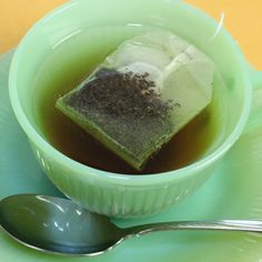 10 Life-Sustaining Reasons to Drink Green Tea