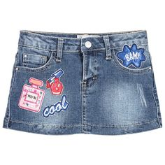 Girls stretch denim skirt by Mayoral Chic. This cute skirt has colourful satin and embroidered appliqués on the front, with a frilled hem and deliberately distressed areas on the back. It has five pockets, an elasticated adjustable waist and fastens with a metal zip and branded button. There is a small leather branded badge sewn on the back waist.