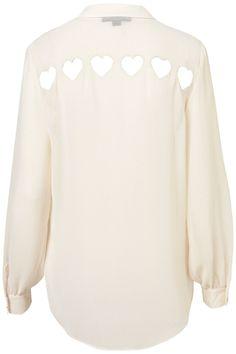 Блузка с прорезями