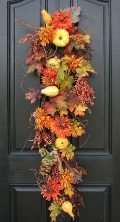 ۞ Welcoming Wreaths ۞ DIY home decor wreath ideas - Autumn Harvest Door Swag