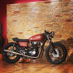 For sale! 1981 Yamaha XS 650 full overhauled and kustomized, 9000km, located in Germany, contact jan@klassikkustoms.com