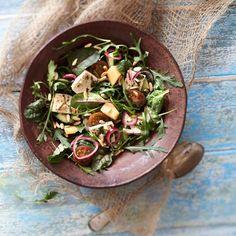 Marinoidut punasipulit tuovat mukavaa kirpeyttä esimerkiksi salaatteihin ja hampurilaisiin. Nappaa tästä helppo ohje!