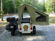 I ve been think about some type of folding or pop up camper for a scooter. Ether a single wheel trailer or sidecar. Tthere is loads of stuff from. Ural Motorcycle, Motorcycle Trailer, Motorcycle Camping, Camping Car, Homemade Motorcycle, Custom Motorcycles, Custom Bikes, Cars And Motorcycles, Mini Camper