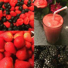 Handmade berries shake 👌😍💪🏻💪🏻