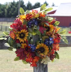 "24"" Sun Flower Farm Wreath - 1"