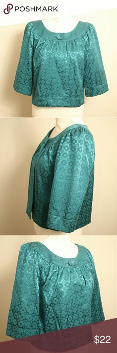 """Apt. 9 Teal Brocade Kimono Sleeve Cropped Jacket Excellent Condition Women's Brocade Cropped Jacket from Apt. 9 in Teal Color Size Large. Embroidered square pattern. Single button with open front, half kimono sleeve and wide round neckline. Fully lined. Nice and thick material with silky feel.   Exterior 60% cotton, 36% polyester, 4% spandex. Lining 100% polyester. In flawless condition.   ℹ Chest 19"""" measured flat across armpit to armpit ℹ Sleeve 14"""", Length 20"""" shoulder to bottom hem Apt.9…"""