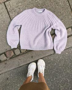 Ravelry: Sunday Sweater - Mohair Edition pattern by PetiteKnit The Purple, Knitting Designs, Knitting Patterns, Pullover Pink, Big Knit Blanket, Jumbo Yarn, Crochet Tools, Big Knits, Ravelry