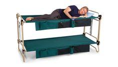 Hammacher Shclemmerで購入可能なポータブルダブルベッドの「Foldaway Adult Bunk Beds」の紹介。