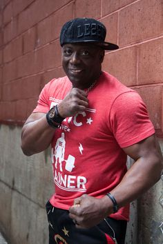 Interview with Tae Bo Creator Billy Blanks! Boxer Workout, Karate Moves, Tae Bo, Ballet Companies, Workout Regimen, Get Tickets, Calisthenics, Theme Song, You Fitness