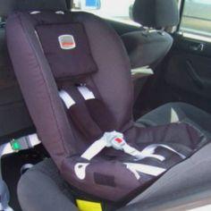 Patrick's current seat :) Britax Two Way Elite 9-25kg -Rear facing car seat :)