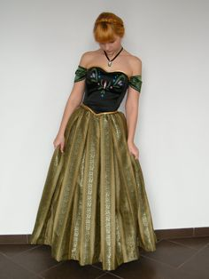 Anna, princess of Arendelle by Szaloncukor This is the best remake of the dress I have seen so far