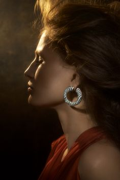 The L'Odyssée de Cartier Parcours d'un Style high jewellery ' earrings in white gold, onyx, garnets and diamonds. Cartier Jewelry, Jewellery, Black Diamond Jewelry, Premier Jewelry, Celebrity Jewelry, Romantic Evening, Exotic Places, Rare Gems, High Jewelry
