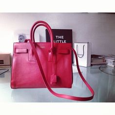 Passion for #Luxury and #Handbags with RentFashionBag #bags to #rent it is easy! Rent, don' buy and save big!