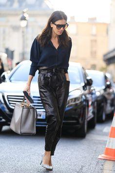On aime le maxi pantalon de cuir