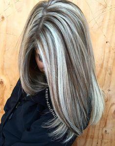 Blonde Hair Looks, Ash Blonde Hair, Emo Hair, Brown Hair With Highlights, Brown Hair Colors, Blonde Hair With Brown Underneath, Chunky Highlights, Peekaboo Highlights, Purple Highlights