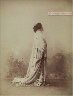 Eleonora Duse nella Francesca da Rimini di Gabriele D'Annunzio, 1915. Teatro della Pergola #Firenze.