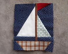Sailboat pieced quilt pattern in PDF by ProtoQuilt on Etsy Quilt Baby, Nautical Baby Quilt, Baby Quilt Patterns, Paper Piecing Patterns, Boy Quilts, Sailboat Baby Quilt, Scrappy Quilts, Foundation Paper Piecing, Square Quilt
