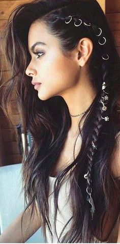 Side braids and hair rings by Brittany S. - Side braids and hair rings by Brittany Sullivan - Side Braid Hairstyles, Bohemian Hairstyles, Cool Hairstyles, Creative Hairstyles, Hairstyle Ideas, Beautiful Hairstyles, Bohemian Hair Braid, Easy Pretty Hairstyles, Funky Hairstyles For Long Hair
