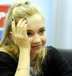 ❁ 351900.jpg (685×725) エレーナ・ラジオノワ / Елена Радионова / Elena Radionova …2015