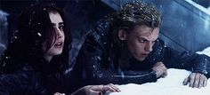 clary and jace in the snow, gif,