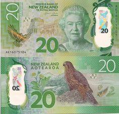New Zealand 50 Dollars with Queen Elizabeth II UNC Banknote
