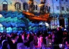 Cena di Gala con proiezioni sui palazzi della splendida Piazza Dei Priori di Volterra