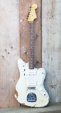 goes with everything: Fender Jazzmaster