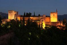 La Alhambra de noche