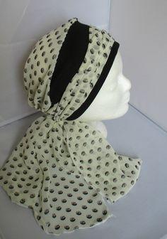 Turban préformé - Foulard cheveux - chapeau - bandeau chimio écru à motifs  noirs enlacé d un bandeau noir c3db5c4169f