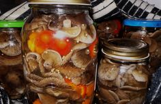 Ghebe cu usturoi si ardei capia la otet Mai, Pickles, Cucumber, Places, Food, Meals, Pickling, Cauliflower, Yemek