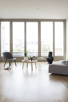Berlin penthouse with a view - - Wooden Patio Doors, Home And Living, Living Room, Interior And Exterior, Interior Design, Big Windows, Humble Abode, Home Furniture, House Design