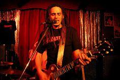 Jero de Vacazul en concierto (Pub Ricoamor)