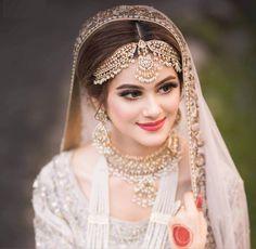 Pakistani Bridal Makeup, Pakistani Wedding Outfits, Bridal Outfits, Bridal Lehenga, Indian Bridal, Desi Wedding, Wedding Bride, Wedding Shoot, Bridal Looks
