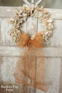 Coat Hanger Fall Rag Wreath - loverly!  :)