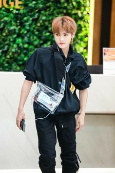 Lee Taeyong, Nct 127, K Pop, Johnny Seo, Jung Woo, Na Jaemin, Kpop Fashion, Airport Fashion, Korean Fashion