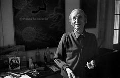 Jose Cuneo en su casa-estudio / at his home-studio, 1975 © Panta Astiazarán José Cuneo perinetti El Hurgador [Arte en la Red]: Uruguayos (XVIII) - Panta Astiazarán y los artistas (I)