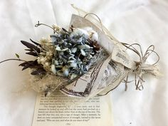 Dried Flower Bouquet, Dried Flowers, Flower Arrangements, Christmas Wreaths, Holiday Decor, Plants, Swag, Dry Flowers, Floral Arrangements