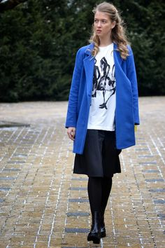 Style of Lucie Redlich: blue coat Mango Blue Coats, Mango, Raincoat, Winter, Jackets, Style, Fashion, Manga, Rain Jacket