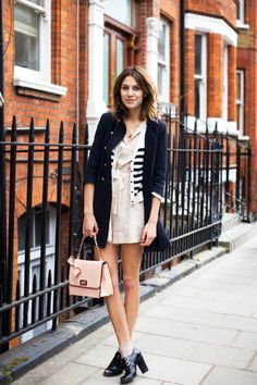 Alexa Chung. I love so much this look!