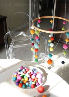 just the bee's knees: DIY Felted Ball Mobile